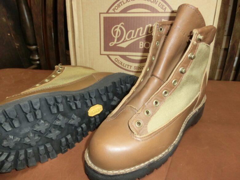 ダナーライト靴修理について!【Danner Light】カスタマイズして世界に一つだけの靴にしませんか?ダナーソール交換